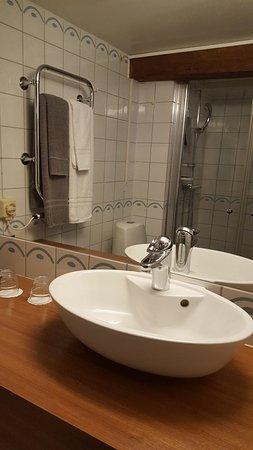 Kalmar, Sweden: Bathroom_large.jpg