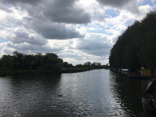 Lechlade, UK: photo1.jpg