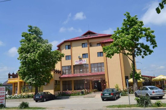 Bechet, Romania: View from street