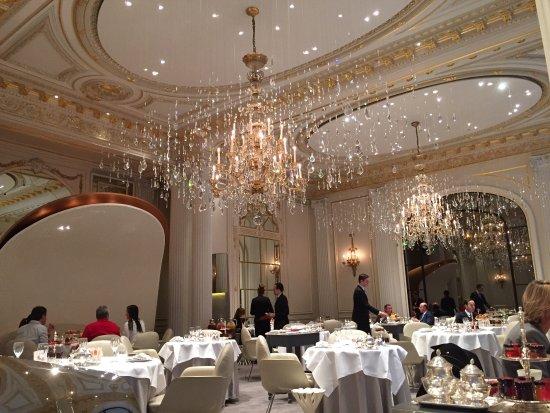 Picture Of Hotel Plaza Athenee Paris