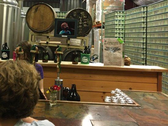 Fiddlehead Brewing Company: Brewey counter