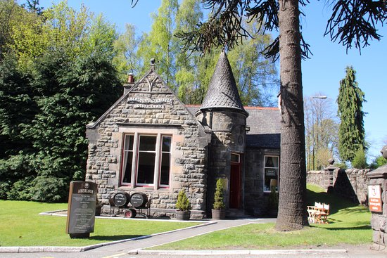 Aberlour, UK: the shop