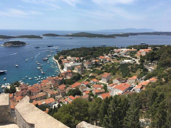 Hvar Kalesi: views over the town