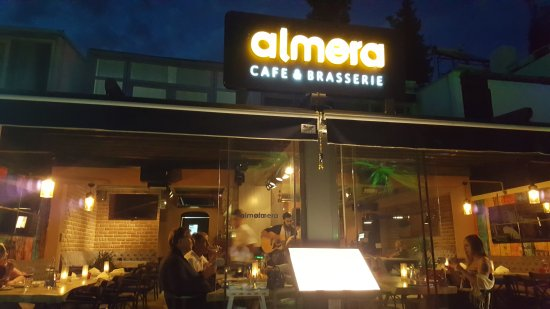 Almera Restaurant : What a chilled and relaxed restaurant food excellent staff brilliant recommend this place