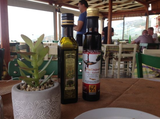 Mirthios, Griechenland: Local products in use