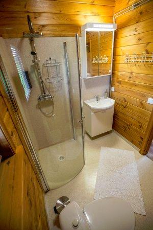 Varmahlid, أيسلندا: Bathroom in Hesthus