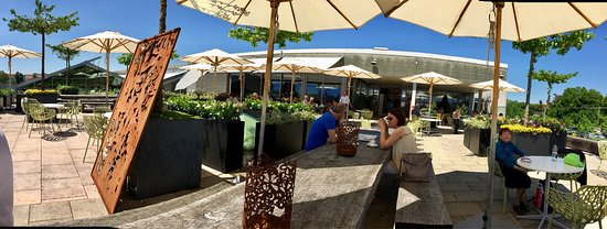 Duernten, Suiza: Meiers Gartencenter