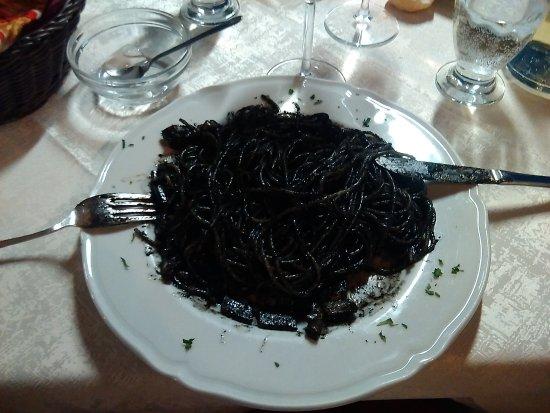 Ristorante Biennale: Spaghettis al nero di sepia