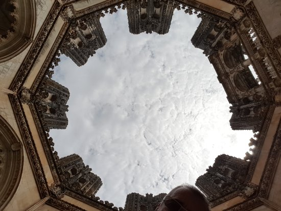 Batalha, Portugal: tour inachevée