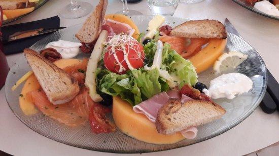 Saint-Maixent-l'Ecole, Frankrike: Pizzeria Nagdalena