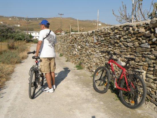 Andros Town, Greece: a ride around Gavrio bay