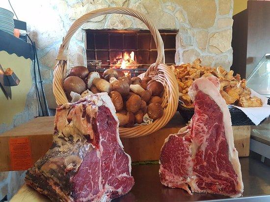 Fiano Romano, Italy: Fiorentina e funghi