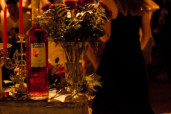 Platamon, Greece: Campari & Roses