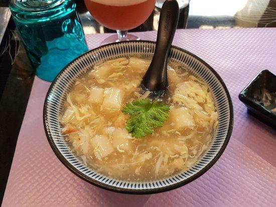 Chaumont, Prancis: Soupe aux asperges et au crabe