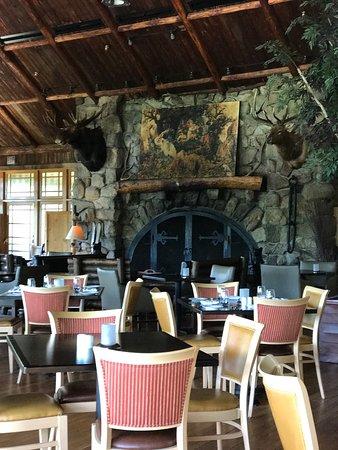 Bear Mountain, Νέα Υόρκη: Restaurant 1915 and Blue Roof Tapas Bar