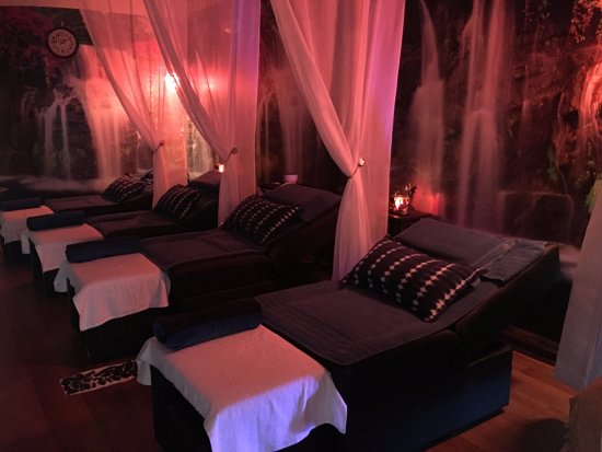 Palm Beach Gardens, FL: Foot massage area
