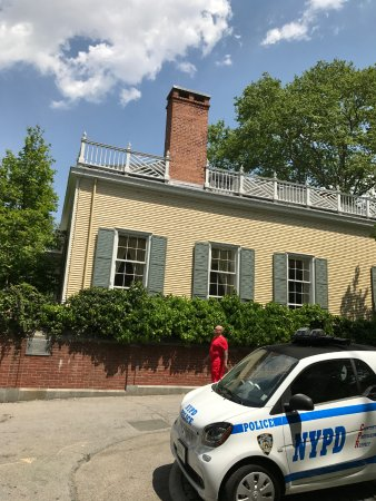 Gracie Mansion: Well you can see a little of the house itself