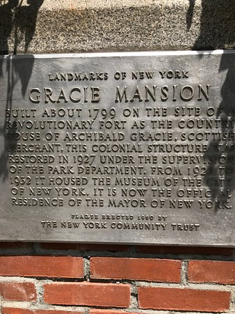 Gracie Mansion: And read its history