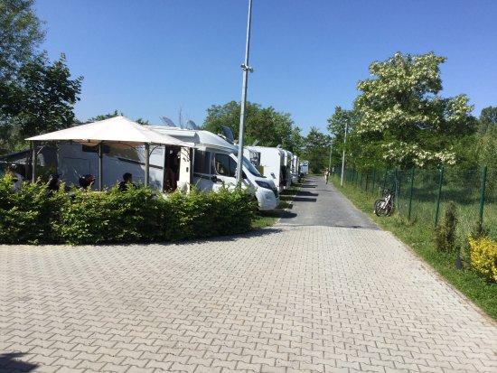 Stellplätze Womo Wohnwagen Zufahrt N Befestigt Entsorgung Neb