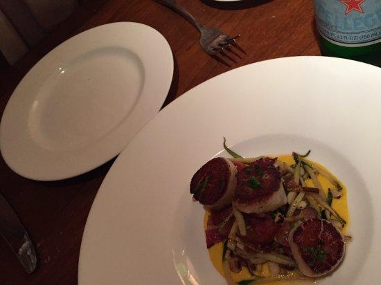 El Dorado Hotel & Kitchen: Delicious scallop starter