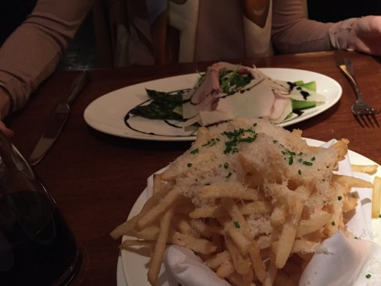 El Dorado Hotel & Kitchen: Perfect asparagus salad and THE best parmesan truffle fries x