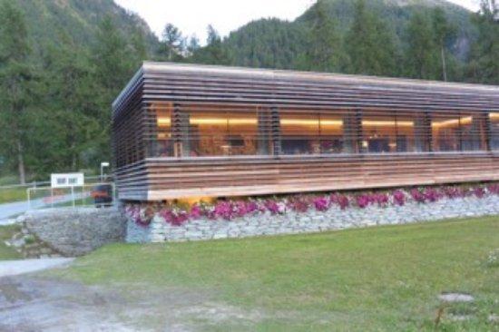 Samedan, Switzerland: Una bella scoperta!