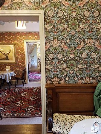 Wiveliscombe, UK: William Morris galore!
