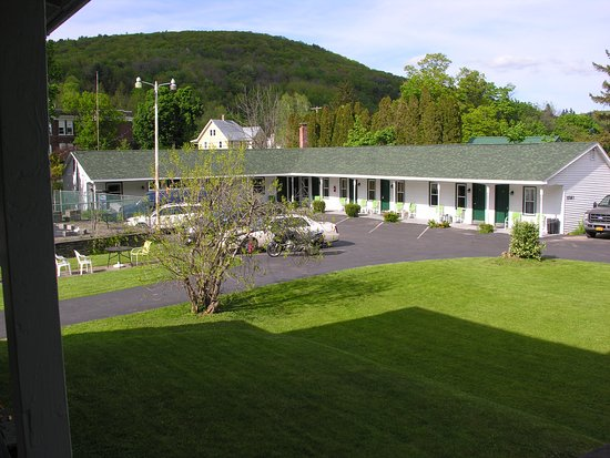 Grand Gorge, NY: motel unit