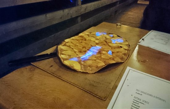 Ostwald, France: Auberge de la Nachtweid - Tarte flambée sucrée