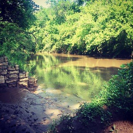 Canton, GA: River