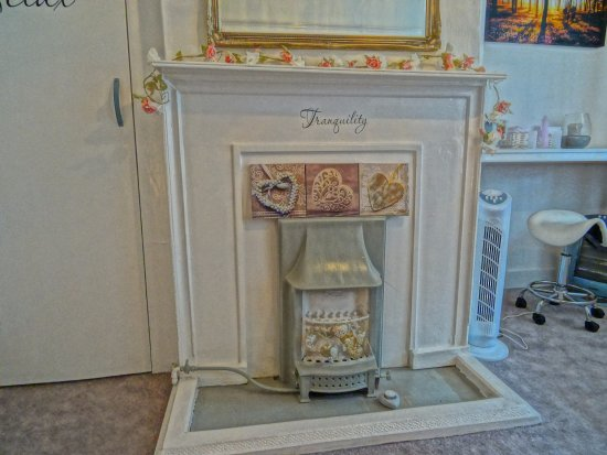 Τσέλμσφορντ, UK: Lavender Room feature fire place