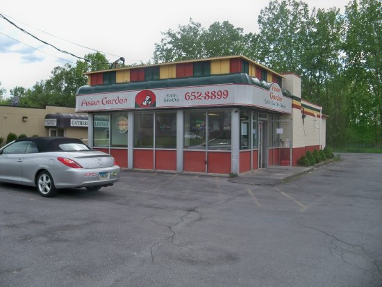 Liverpool, NY: Asian Garden - Takeout or Eati In