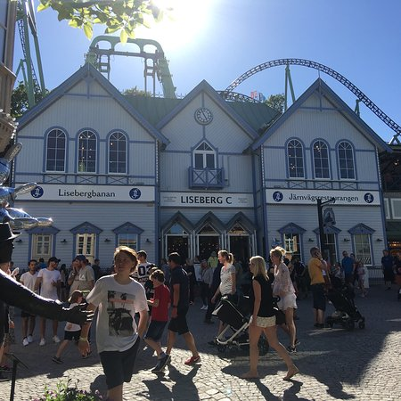 Photo of Theme Park Liseberg at Örgrytevägen 5, Göteborg 412 51, Sweden