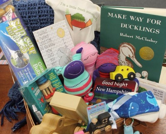 Custom made gift baskets! - Picture of Marketplace New