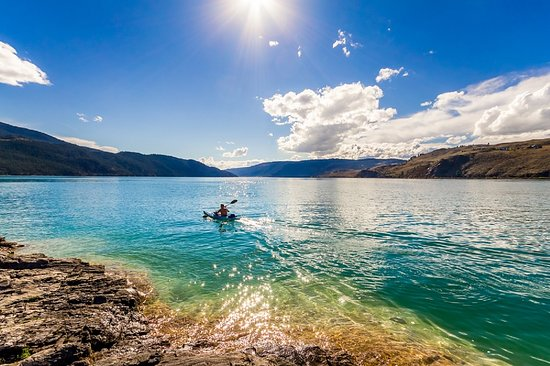 Vernon, Kanada: Do you know the secret of Kalamalka Lake's waters? Let us tell you about it!