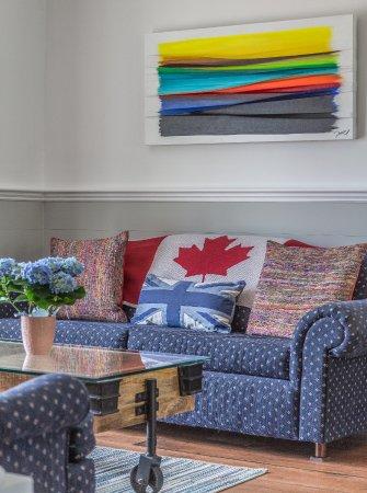 Wellington, แคนาดา: Main Sitting Room