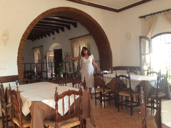 Maro, Spain: Inside of restaurant