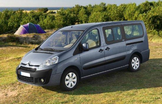 Ploiesti, Romania: RomaniaIn Private Chauffeur Service Tours