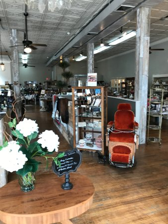 Delaware, OH: antiques and collectables
