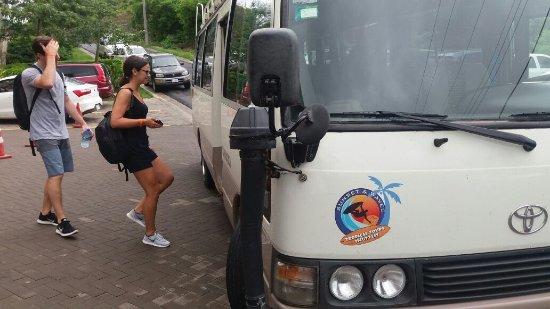 Shuttle bus departing from Tamarindo to Montezuma and Santa Teresa