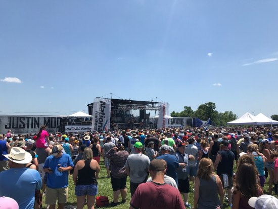 Concord, NC: Monster energy girls and pre race jusyin moore concert
