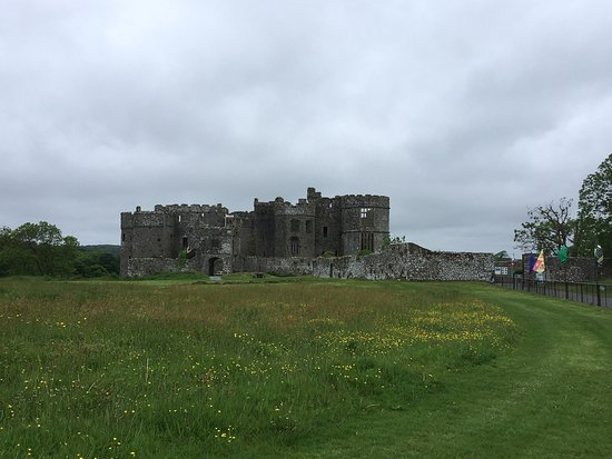 Carew Castle: photo0.jpg