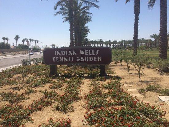 La Quinta, CA: Famoso estádio de Tênis, perto do hotel.
