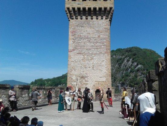 Foix, فرنسا: 20170527_121736_large.jpg