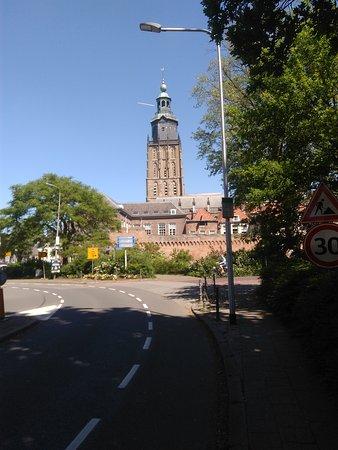 Zutphen, Holandia: Toren van de Walburgiskerk