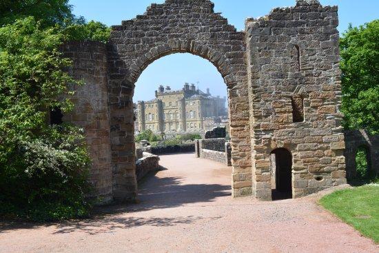 Maybole, UK: beautiful castle and grounds
