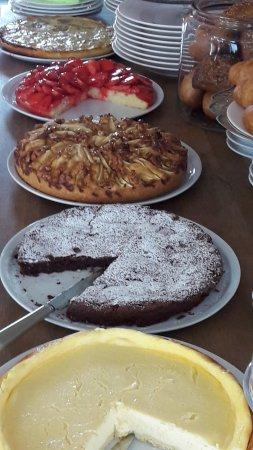 Selbstgebackene Kuchen Bild Von Cafe Monroe Saarbrucken Tripadvisor