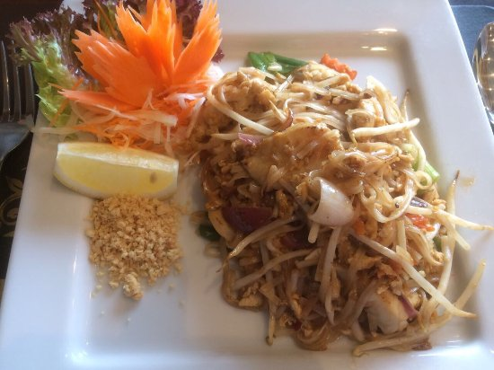 Jasmine Thai Cuisine: photo1.jpg