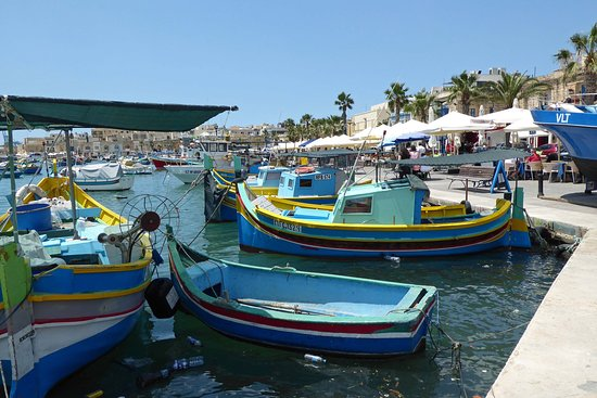 Marsaxlokk Bay : Pretty harbour and boats