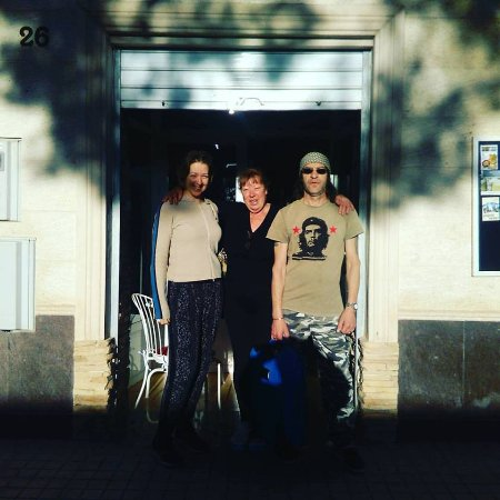 La Romana, Spain: Outside the deli